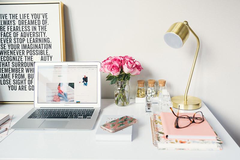travailler à domicile à la maison wedding planner freelance mampreneur chef d'entreprise