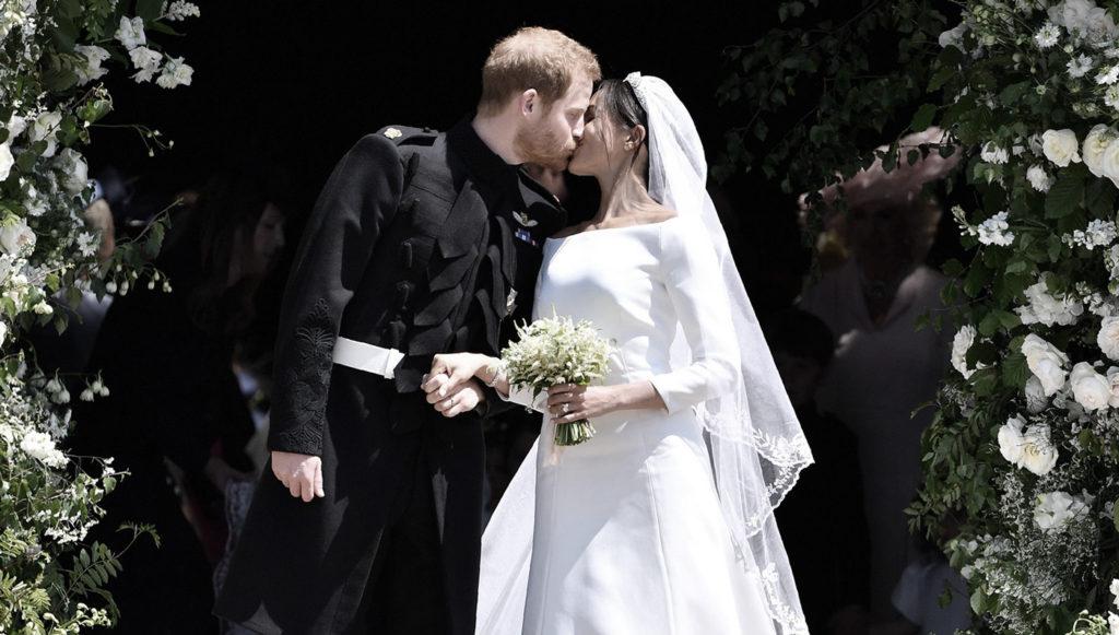 Sortie de la cérémonie mariage royal prince harry meghan markle